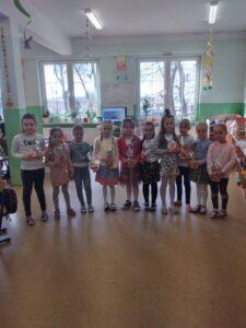 Przedszkolaki świętują Dzień Kobiet :)