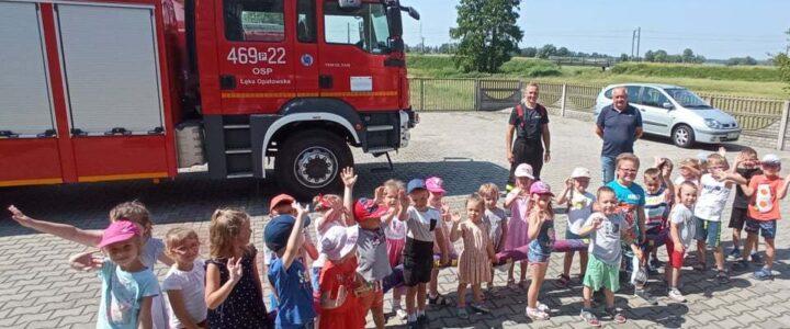 Wycieczka do  Ochotniczej Straży Pożarnej w  Łęce Opatowskiej